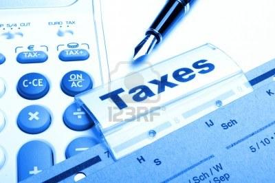 9771561-belastingen-of-belastingen-concept-met-woord-op-zakelijke-map-index